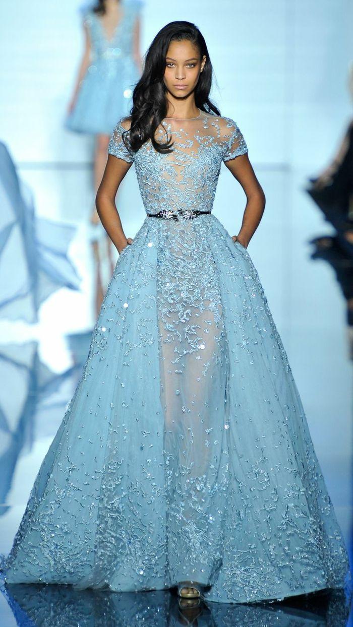 86b274416df La robe bleue marine et ses nuances en 43 photos!