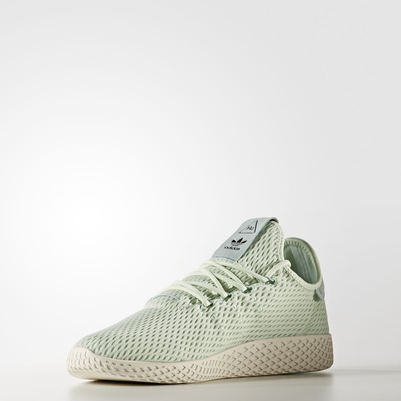 Pharrell Williams X Adidas Tennis Hu Linen Green Stylish You Williams Tennis Adidas Sneaker Und Weisse Turnschuhe Outfit