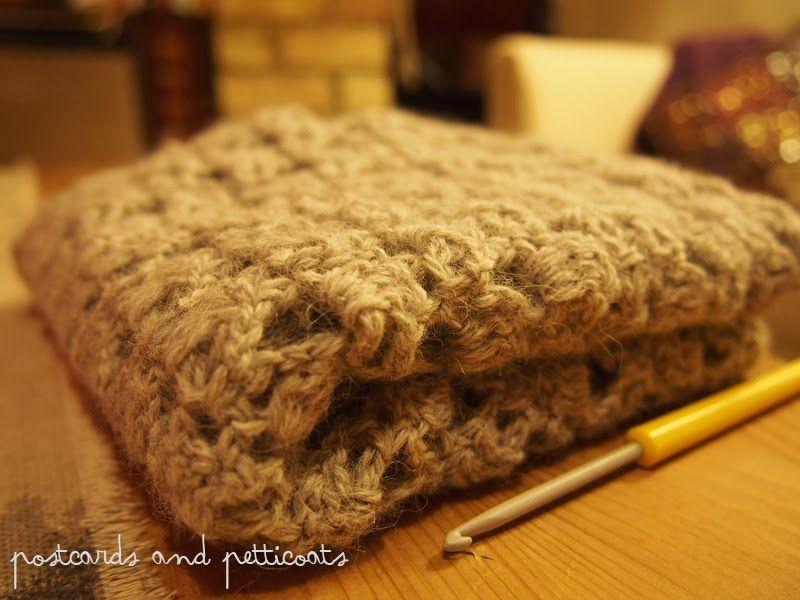 Easy crochet infinity scarf