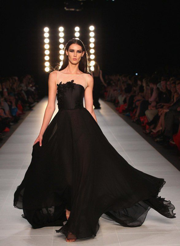 Dramatic Magnolia Gown At Loreal Melbourne Fashion Festival Festival Fashion Melbourne Fashion Fashion