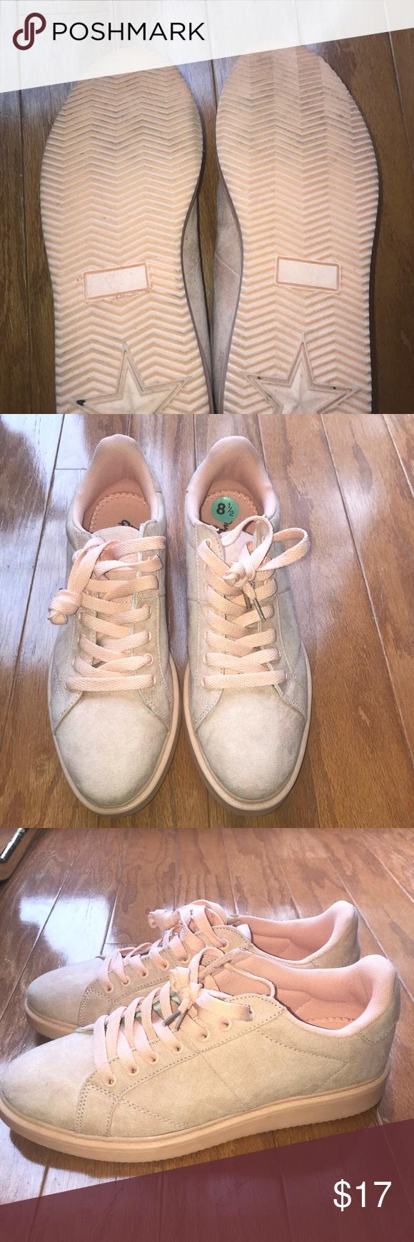Women's sneakers size 8.5 Bought at Burlington coat