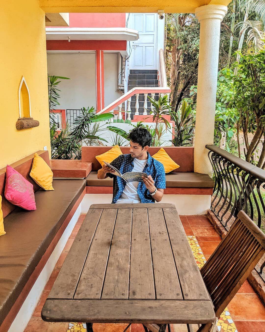 Superhost @rainforest.talisman making my midweek blues more colourful 😋      #goa #goaindia #indiatourism #goatourism #travelblogger #indiantravelblogger #colourful #candolim #goabeaches #calangut #midweekblues #goavillas #villasforrent #rentalvillas