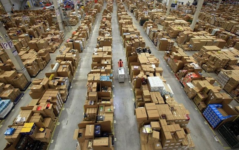 What It Looks Like Inside Amazon Warehouses Amazon Warehouse