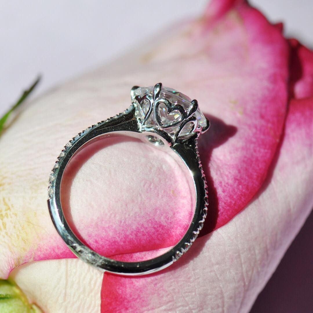 Put a little love on your ring finger 💍 engagement ring with heart ...
