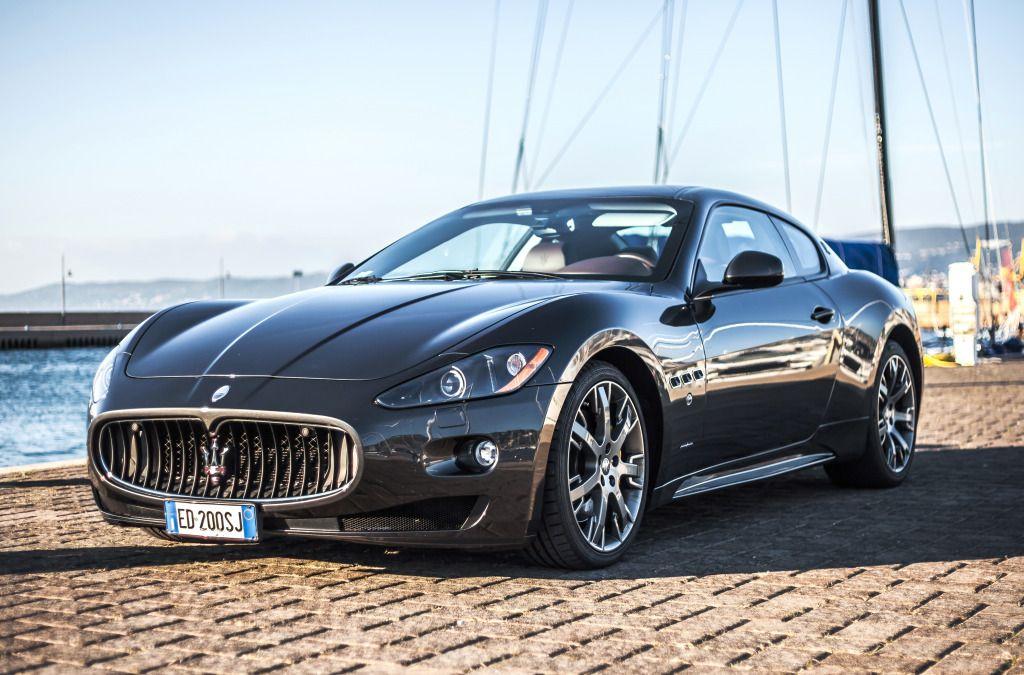 Maserati Granturismo S jigsaw puzzle in Cars & Bikes