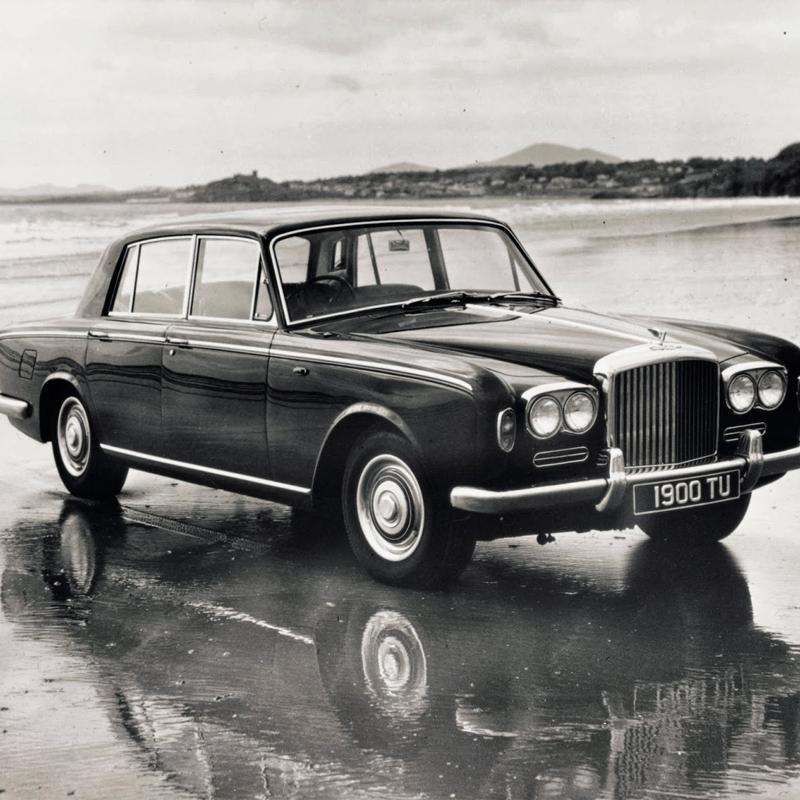 Bentley T1, auto aristocratica, forse tra le più belle berline di sempre #autounica