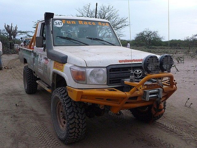 Toyota Landcruiser serie 70 - FZJ79 Amortiguadores 4866a18bc61