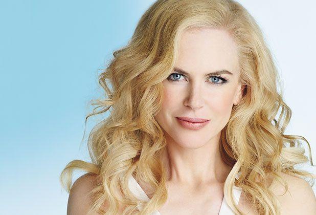 Nicole Kidman Unfortunately Red Hair Tends To Fade As We Age Henna Nicole Kidman Nicole Hairstyle