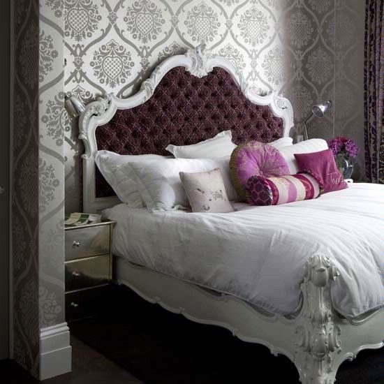Purple Shabby Chic Bedroom: Purple Button Tufted Baroque Looking Bed With Wallpaper