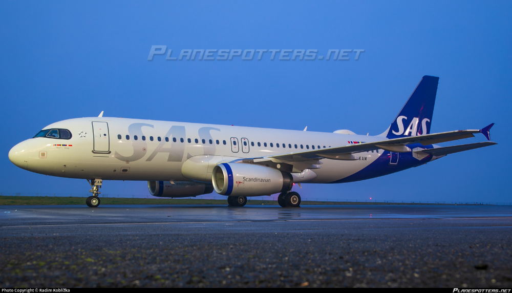 Oy Kam Sas Scandinavian Airlines Airbus A320 232 Sas Airlines Airbus Sas