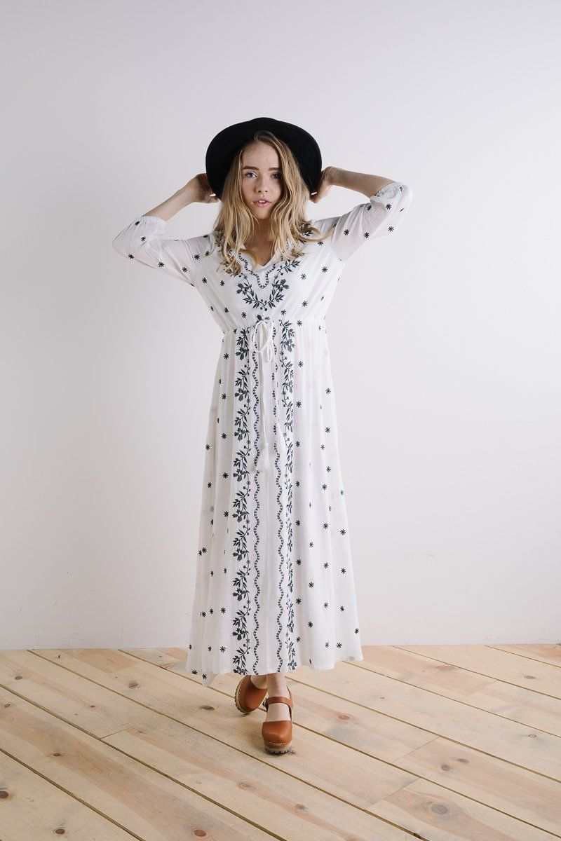 Piper u scoot the alida embroidered maxi dress in white clothing