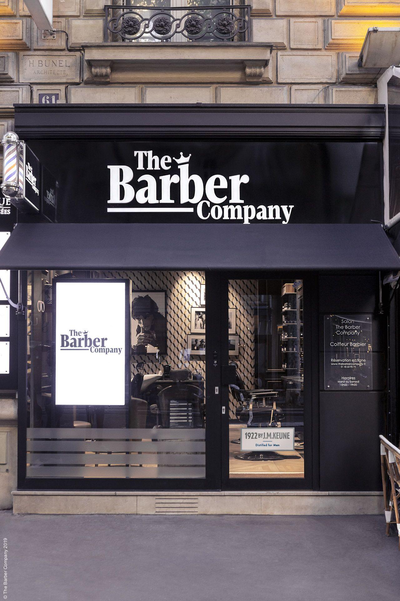 Vitrine The Barber Company