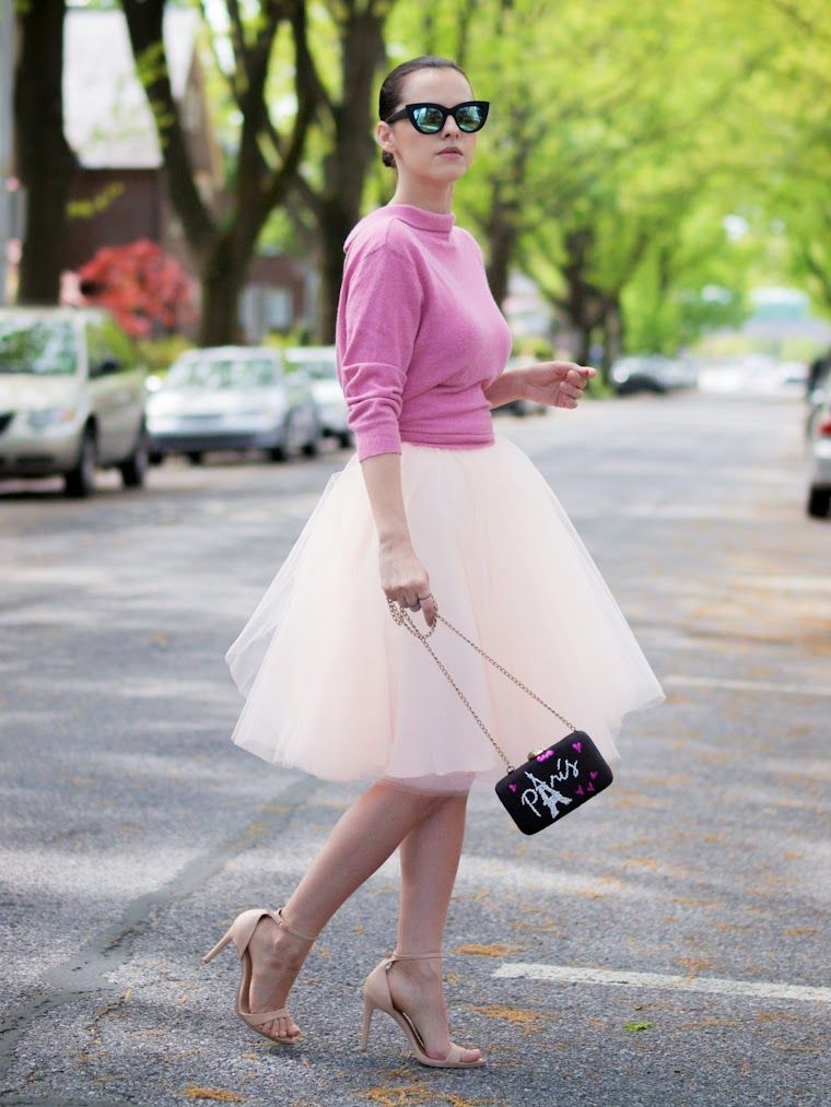 Space 46 blush tulle skirt, blogger bittersweetcolours.com, pink sweater, cute ladylike outfit, street style