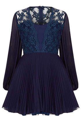 **Jade Dress by Jones and Jones - Clothing Brands  - Clothing