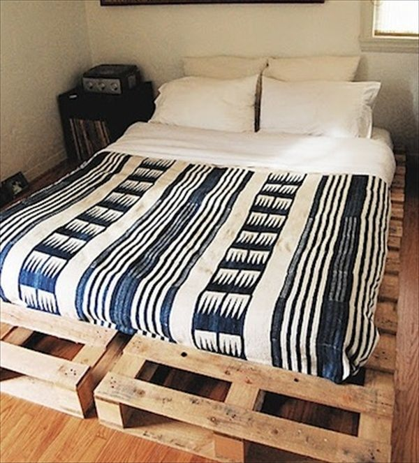 Awesome Recycled Pallet Bed Frame Ideas Wooden pallet beds
