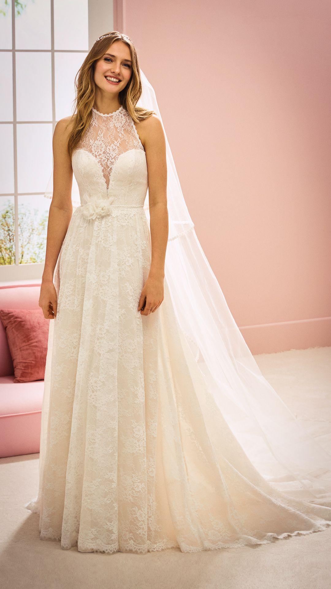 Hochzeitskleider 12 White One Kollektion Modell: ASHLEY-B