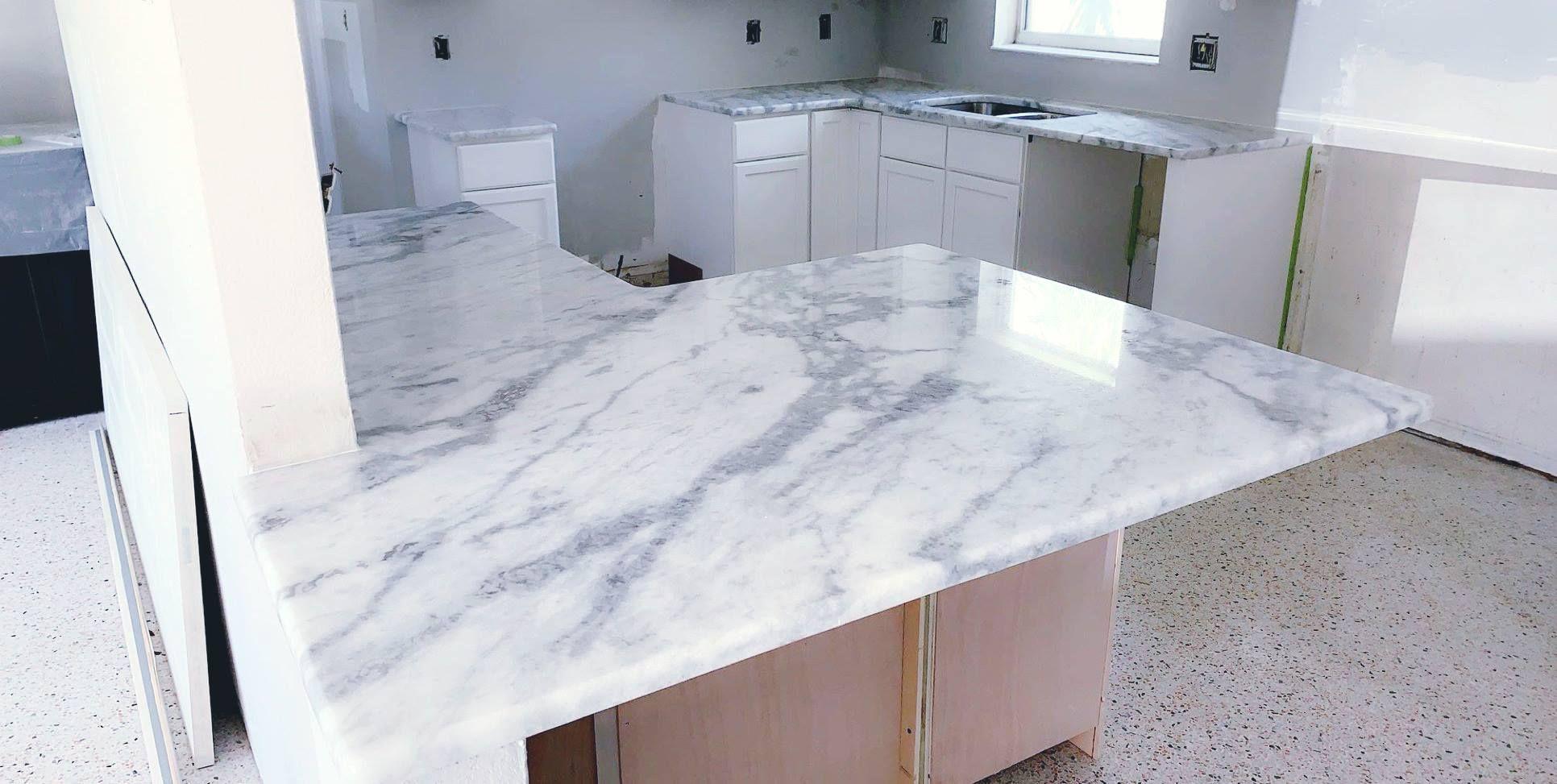 Amazing Custom Made Countertop Made By Using Super White Sumnati