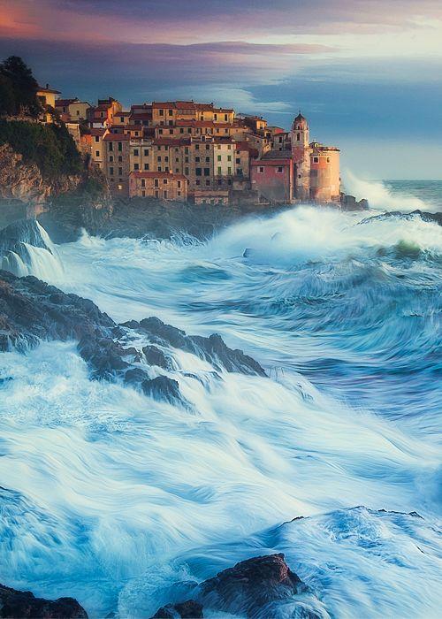 Mostly Italy. Tellaro, Liguria by Paolo Lazzarittio - ore Tellaro on http://www.exquisitecoasts.com/