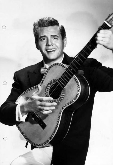 desi arnaz biography