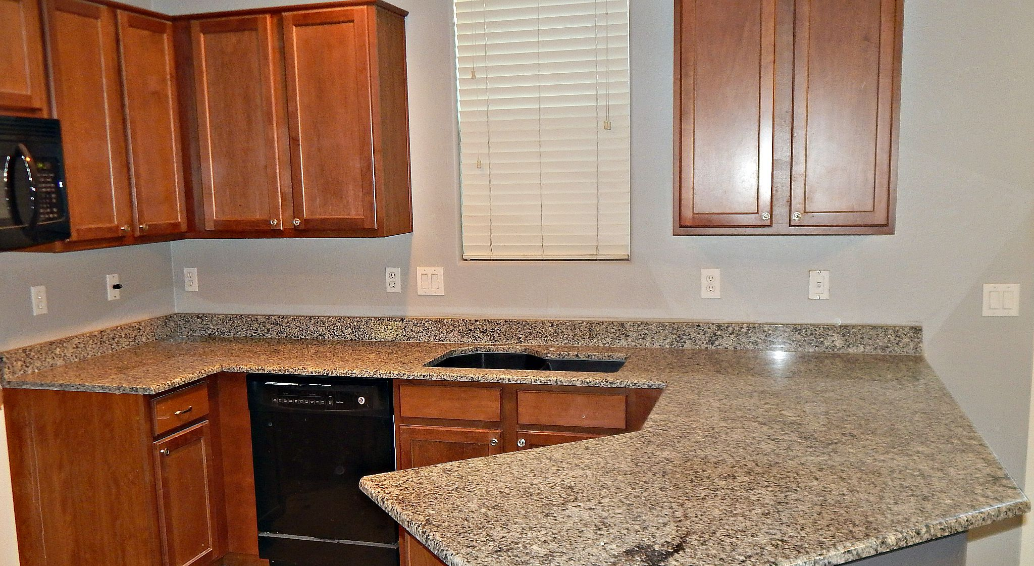 Sunset Gold Granite Countertop Remodel With Demi Bullnose Edge 4 Inch Back Splashes And 60 40 Granite Compo Granite Countertops Countertop Remodel Countertops