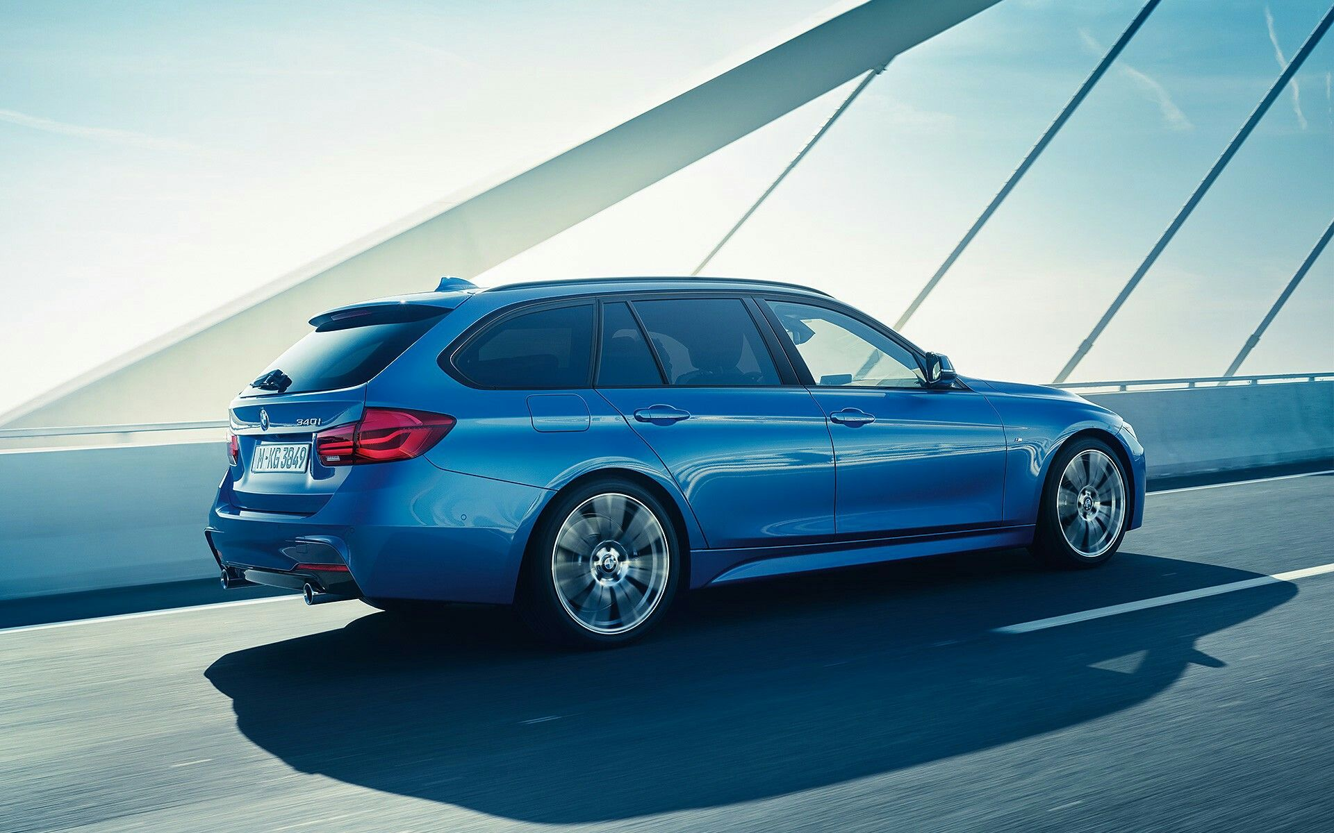BMW F31 Touring M-Paket Estorilblau