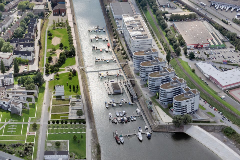 So Schon Ist Der Duisburger Innenhafen Duisburg Landschaftspark Duisburg Ruhrgebiet