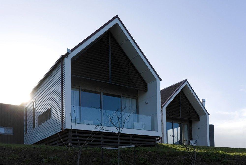 Modern Architecture New Zealand jacks point home, queenstown, new zealand - under 20 kwh/m2 - www