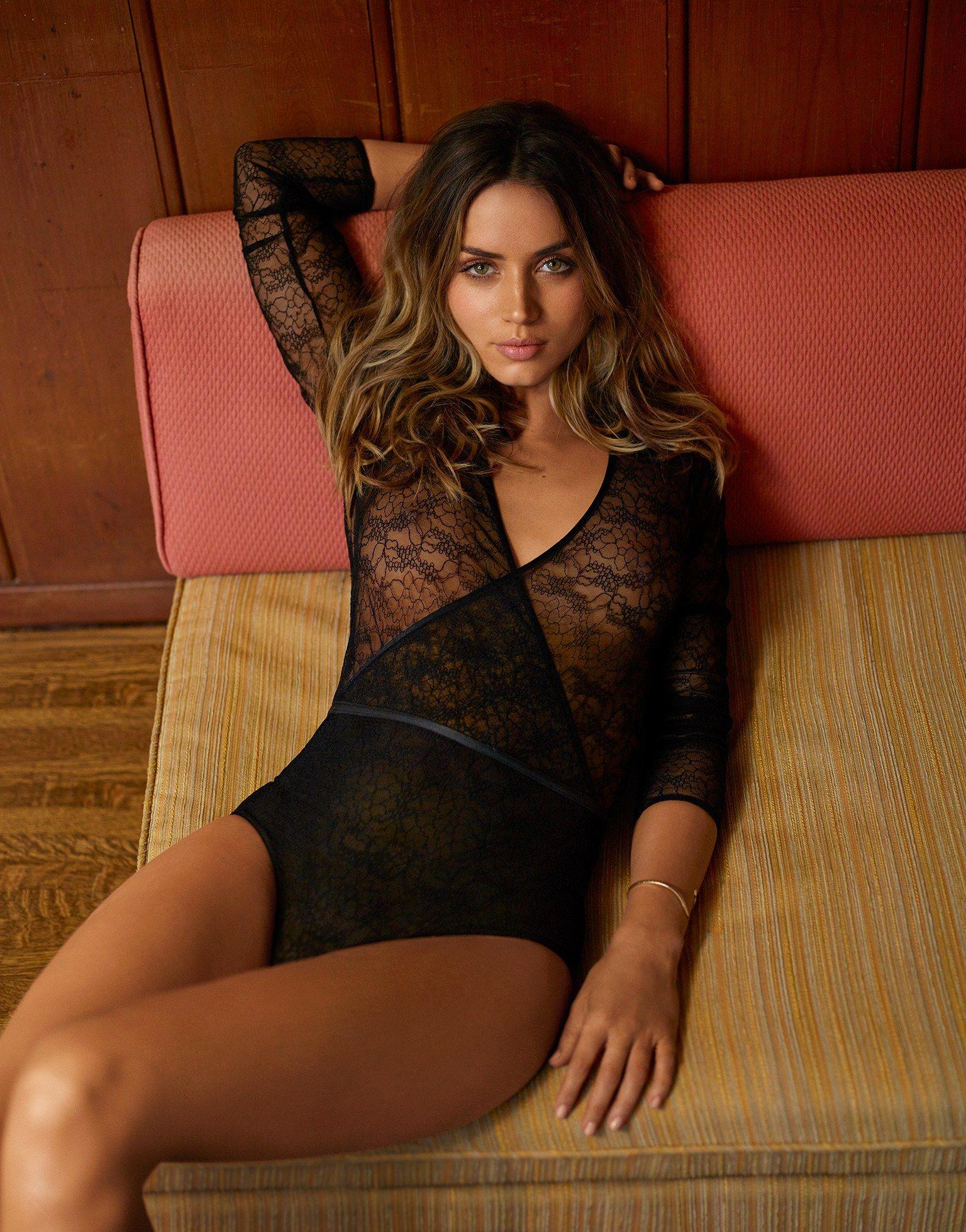 Ana De Armas Hot Pics ana de armas in gq magazine | beautiful celebrities, women