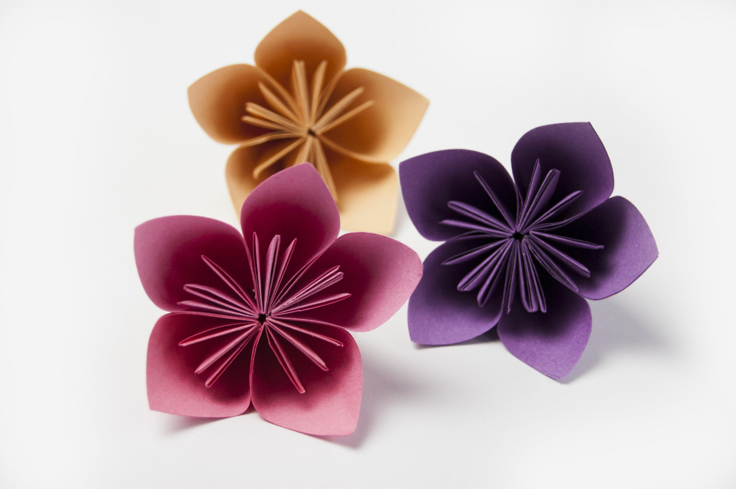 How To Make A Kusudama Flower Paper Flowers Youtube Paper