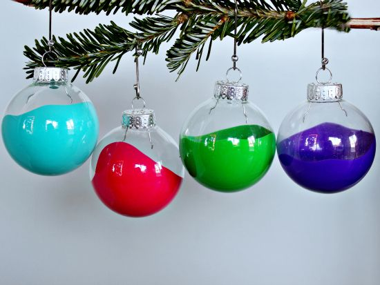 Clear Christmas Ball Ornament Idea - use craft paint, drip inside, and  rotate (put in egg carton for few minutes if paint moves too slowly ) PHOTO  ONLY