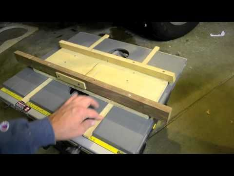Inside The Luthier S Shop Custom Built Fret Slotting Jig Table Saw Sled For Stew Mac Templates Youtube Lutherie Diy Bricolage