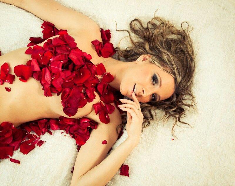 Boudoir photo shoot pre-wedding image by Kelli Burr   Boudoir photoshoot, Valentines boudoir ...