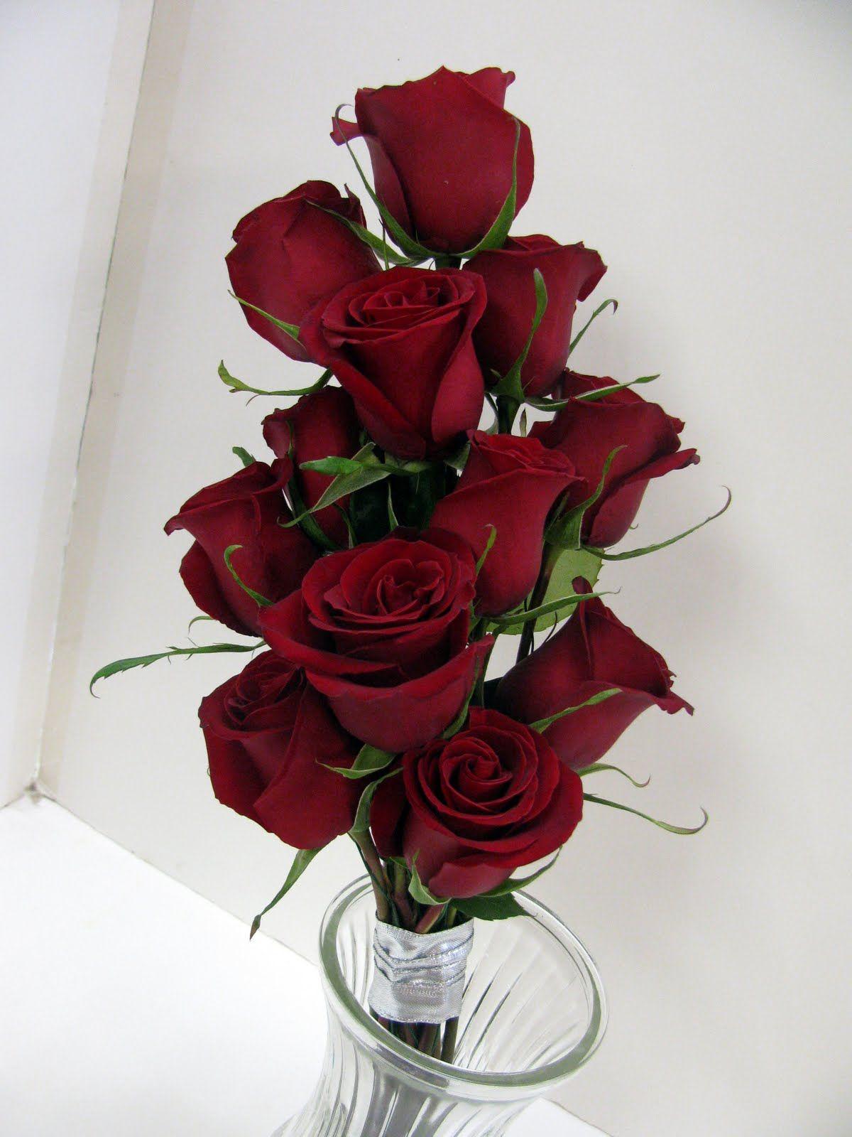Nice Minimalist Deep Red Wedding Bouquets Flowers