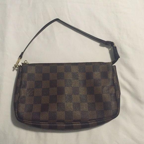 80d99a44adce ⚡️Flash Sale ⚡️Louis Vuitton handbag Selling Authentic Louis Vuitton  Pochette handbag. In color Damier Ebene Canvas. Serial number on inside of  bag for ...