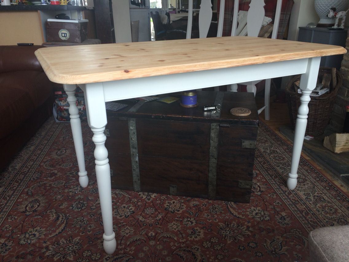 Another shabby chic farmhouse table this time with thin