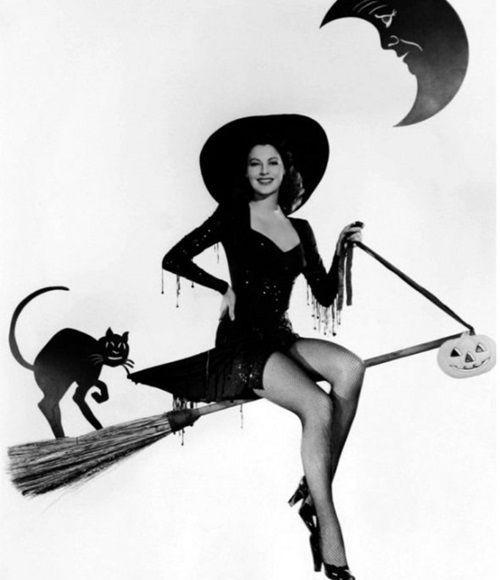 Vintage Hollywood Halloween Pin Up Ava Gardner