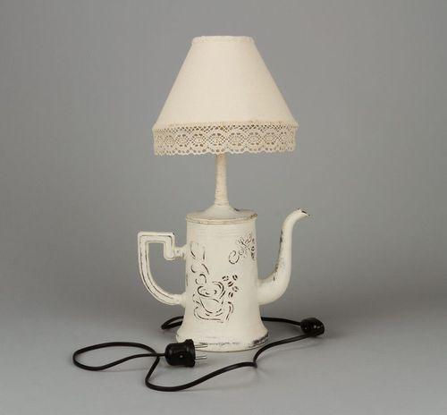 Simp ticas l mparas hechas con cafeteras recicladas - Manualidades con lamparas ...