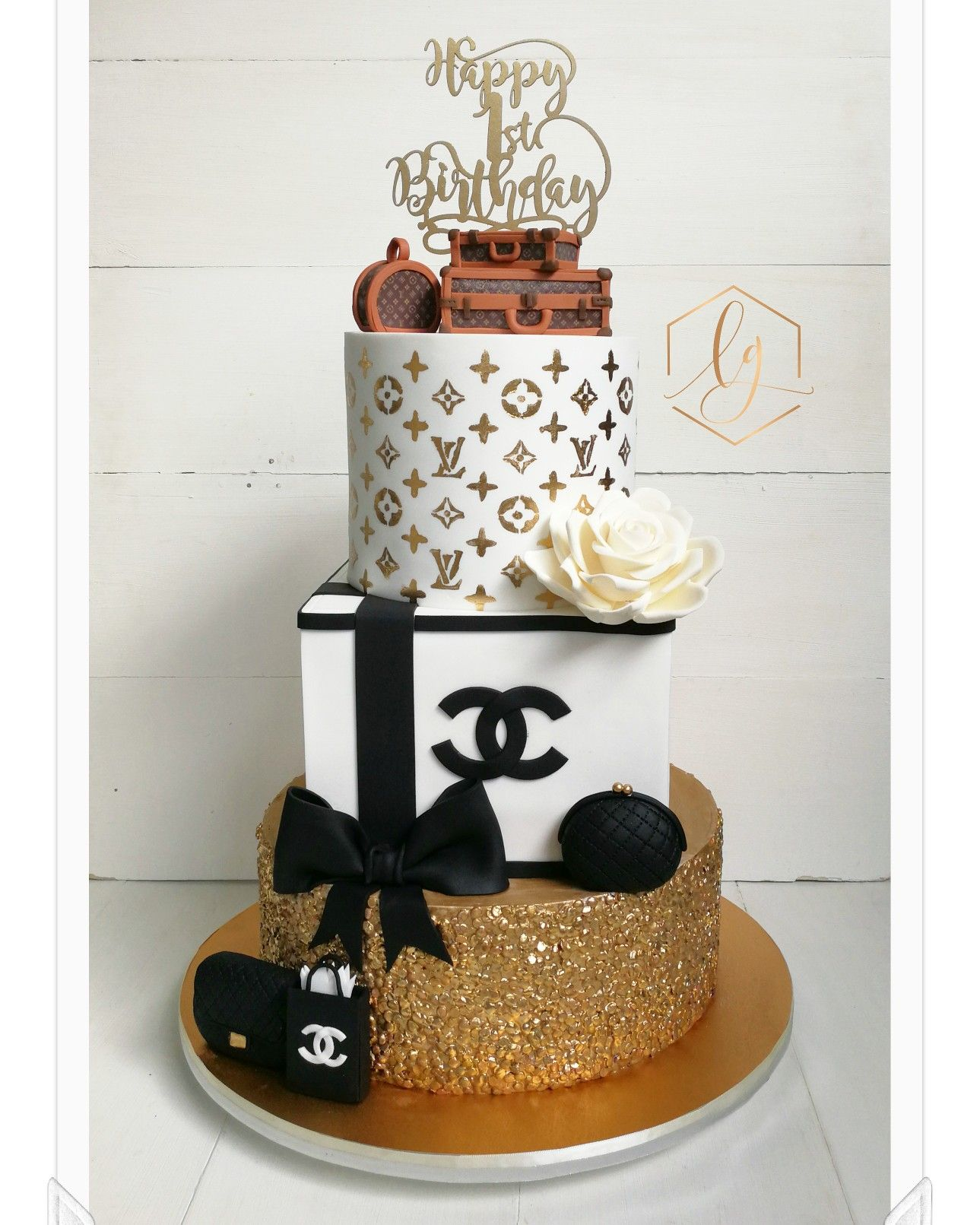 Super Classy Designer Themed Cake For A 1St Birthday Tiered Cakes Funny Birthday Cards Online Fluifree Goldxyz