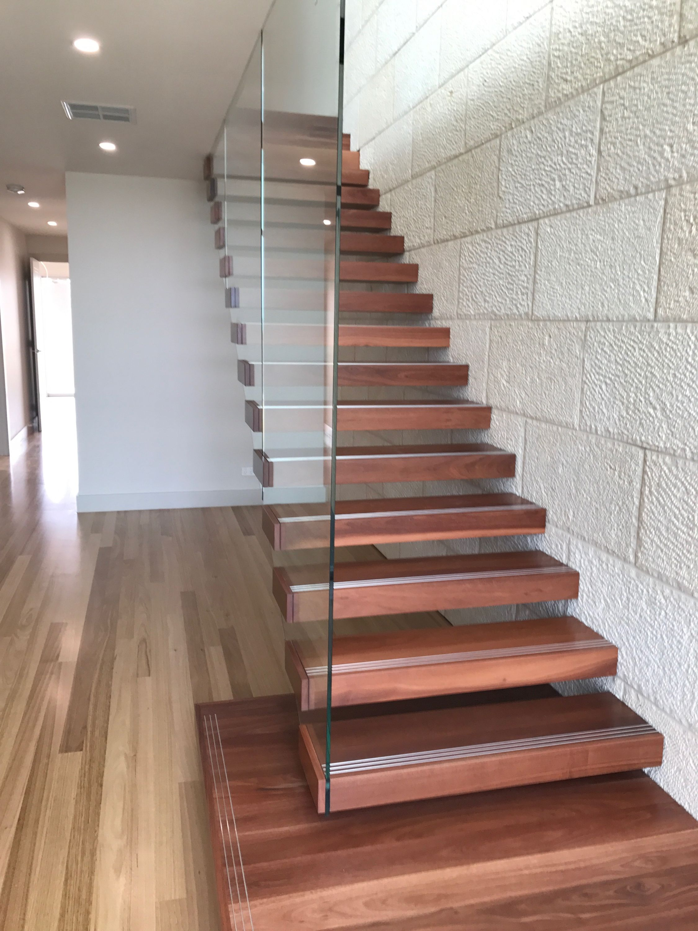 Best Pin On Full Glass Walls To Stair Treads 400 x 300