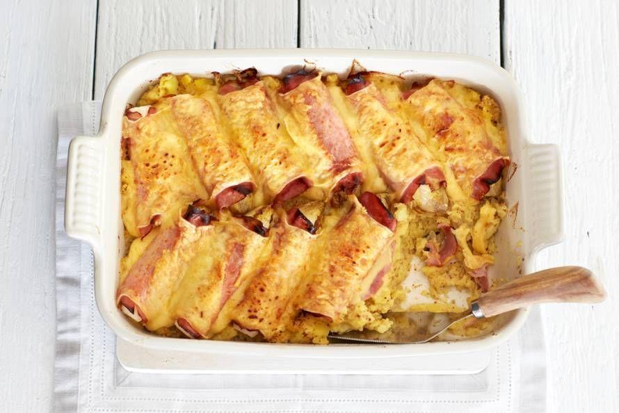 Witlof in achterham en belegen kaas met mosterd-aardappelpuree, heerlijk. En: de oven doet het werk! - Recept - Allerhande