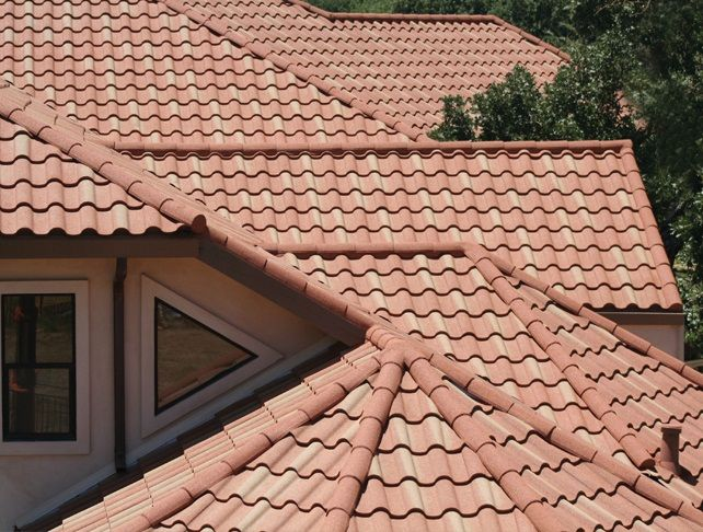 Stapleton Roofing offers a variety of roofing systems for commercial, industrial and multi-tenant buildings in the Phoenix area. With over 30 years of commercial and residential experience in tile roofing Phoenix, we understand the importance of quality materials and workmanship to delay the effects of harsh sun exposure.