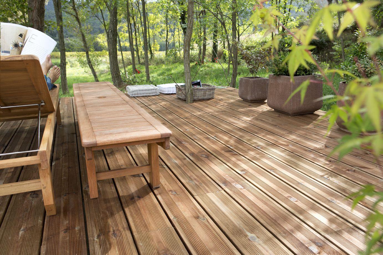 Une terrasse et un mobilier en parfaite harmonie jardin pinterest gardens - Terrasse et jardin leroy merlin dijon ...