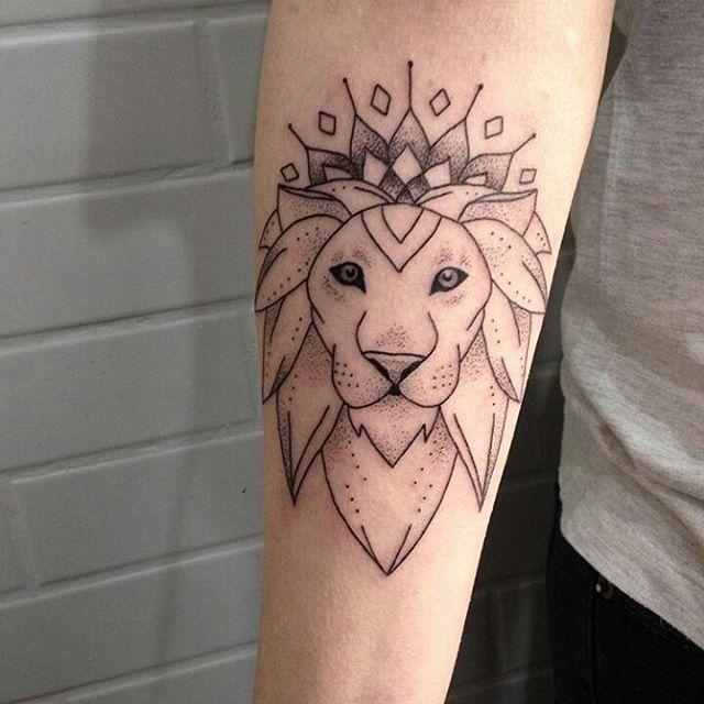 { #Tatuagensnasfotos } Artista: 💉 @brubiancullitattoo ⠀⠀⠀⠀⠀⠀⠀⠀ Seguidores e tatuadores, marque sua tattoo com a Tag #Tatuagensnasfotos e sua foto poderá aparecer no perfil ✒ ___________________________________________________ ⠀⠀⠀ Followers and tattooists, mark your tattoo with #Tatuagensnasfotos tag and your photo can appear in profile ✒ ⠀⠀⠀⠀⠀⠀⠀⠀ Sigam também • Also follow ⤵ @inspirationsoftattoo @inspiringblacktattoo @animaltats ⠀⠀⠀⠀⠀⠀⠀⠀ #tattoo #tattoos #tatuagem #tats #instatattoo…