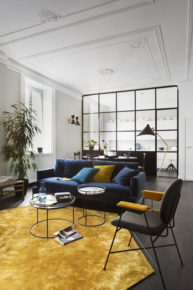 Un appartement italien decore par une designer planete deco  homes world apartment pinterest interior design decor and living room designs also rh