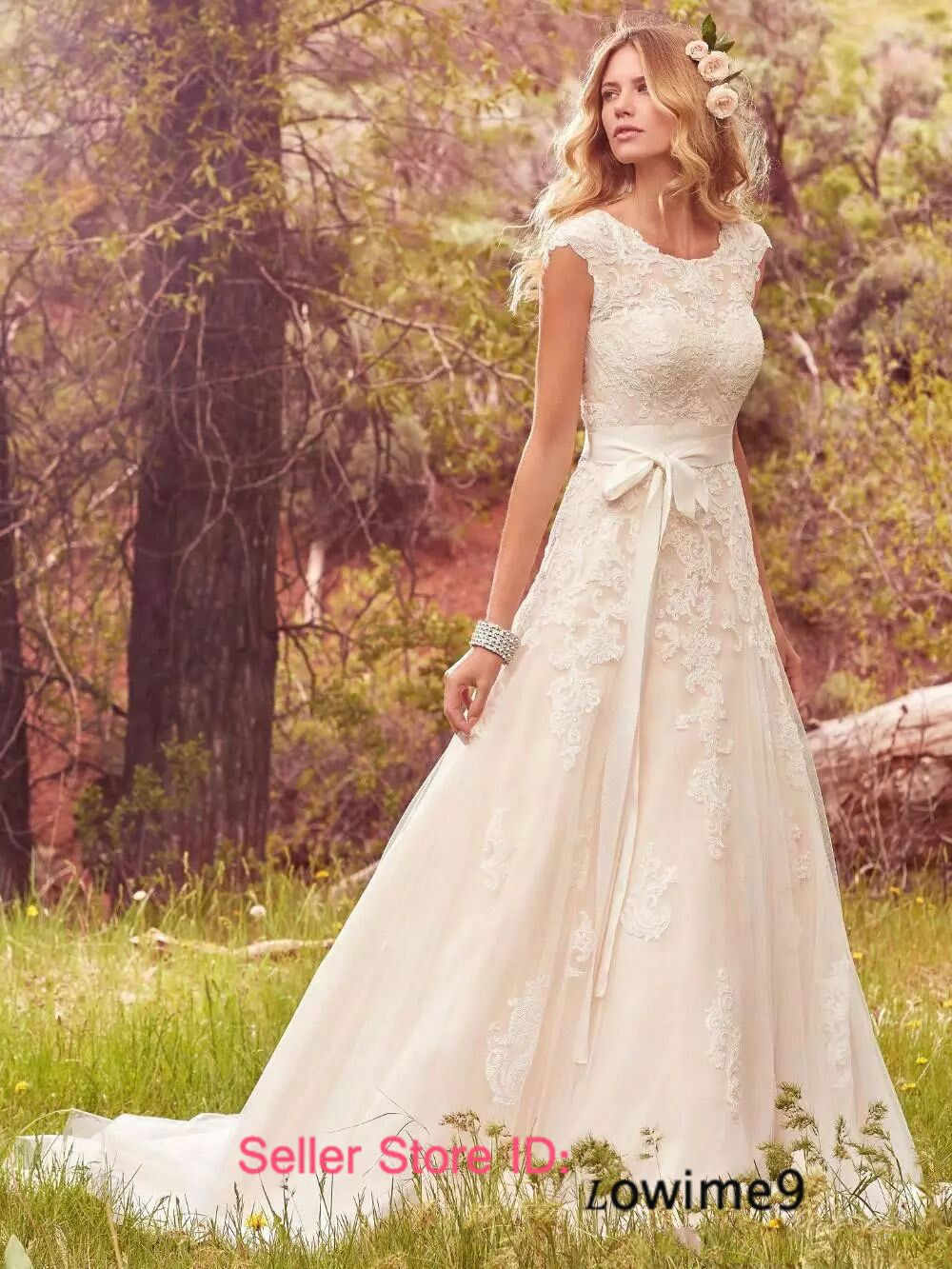 Nice country wedding cap sleeve lace wedding dress button back bride