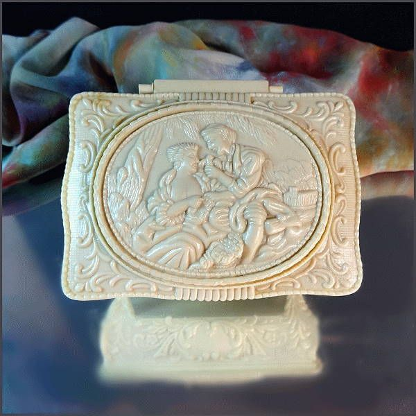 Ivory Celluloid Vintage Jewelry Box Romantic Cameo 1960s Vanity