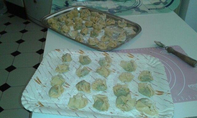 Pseudo pansoti casalinghi con ripieno di spinaci e prescinseua
