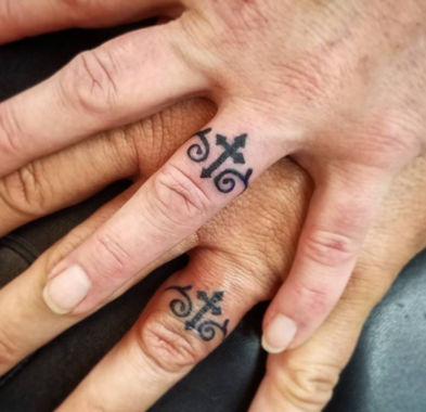 40 Wedding Band Tattoos for Truly Committed Couples