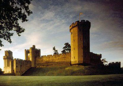 Warwick Castle, England. My favorite castle out of all the ones i saw in the UK so far.