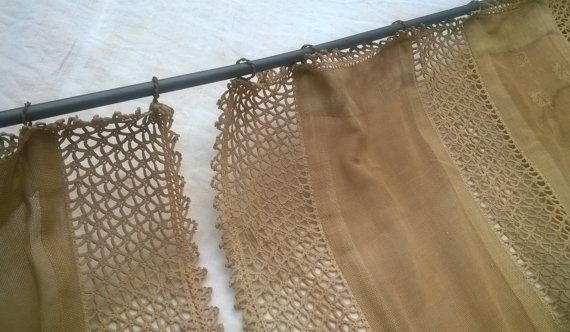 Gold Curtain Rod With Rings